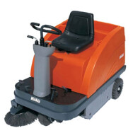 Jonas 900 Industrial Floor Sweeper